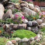 Ландшафтный декоративный камень: какой выбрать и где установить